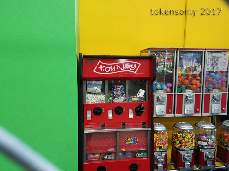 toy-n-joy vending machine